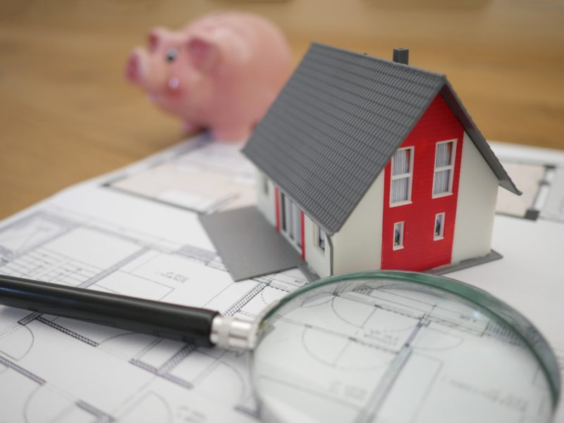 Top Tips to Help You Realistically Save for a House